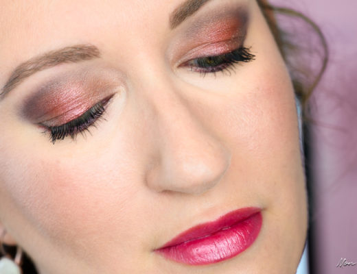 Makeup avec la palette Flash Sequins de Sephora