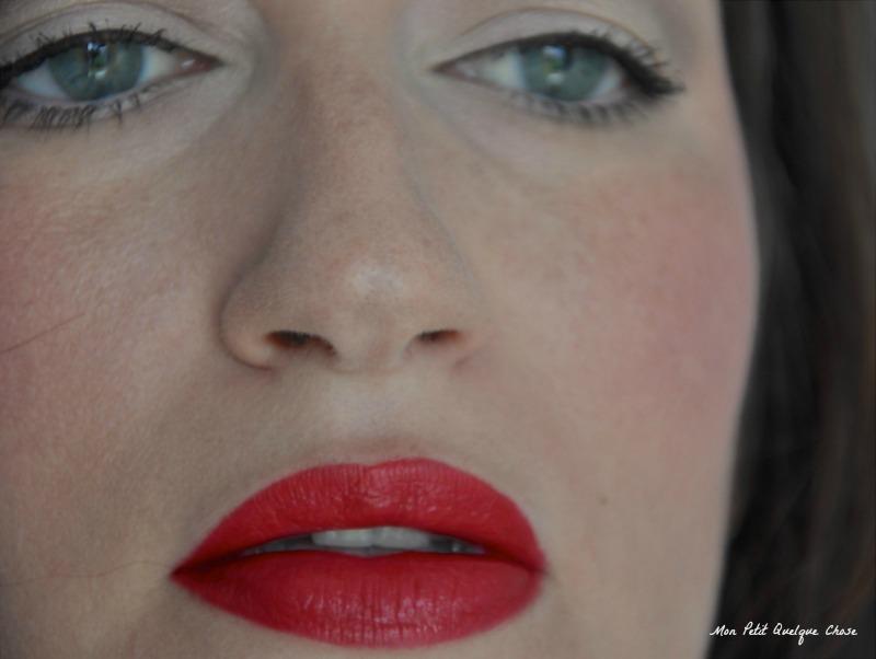 Dare to Wear 03, Essence, Mon Petit Quelque Chose, Rouges à lèvres rouges