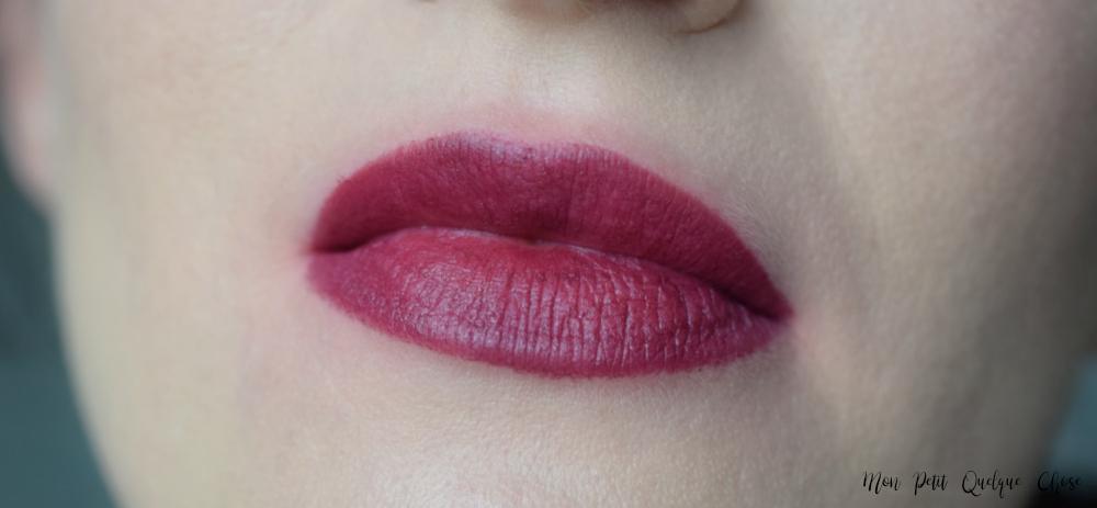 Joli Rouge Velvet de Clarins : Je dis oui! - Mon Petit Quelque Chose